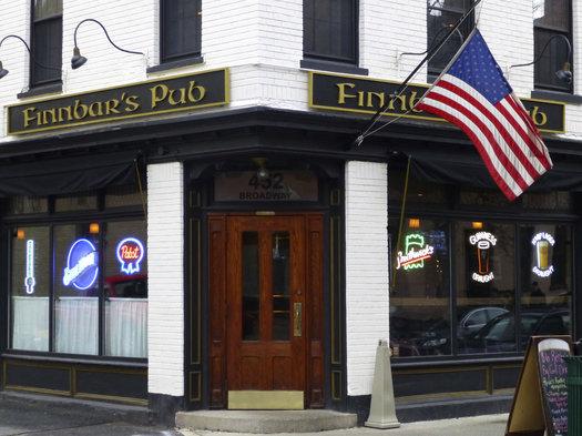 finnbars pub troy exterior
