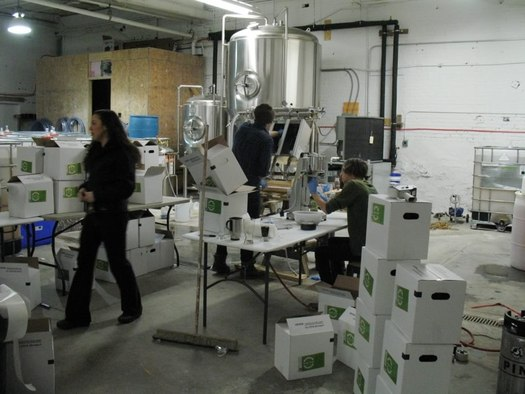 nine pin cider works bottling and packing