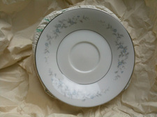 china saucer in paper
