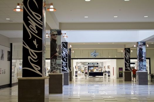 Lord and Taylor Crossgates Mall