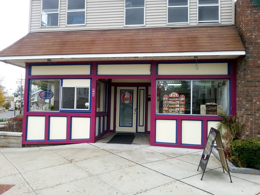 La Empanada Llama exterior Delaware Ave
