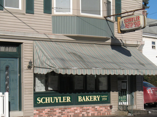 Schuyler Bakery Watervliet exterior 2015-January