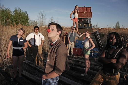 FAQ Circus promo photo