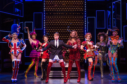 Kinky Boots touring production 2015