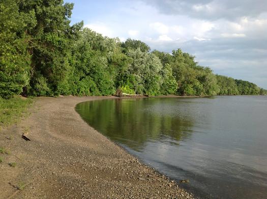 Papscanee Island shore