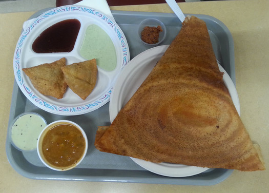 parivar dosa with samosas