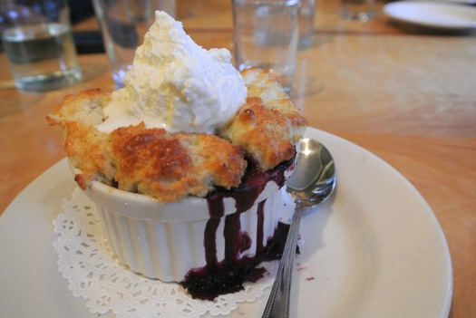 palmer house cafe peach blueberry cobbler