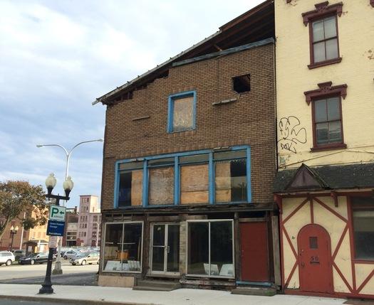 Van Ostrande-Radliff House oldest building in Albany 2015-10-01