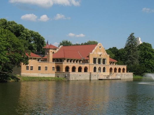 washington park lake house exterior