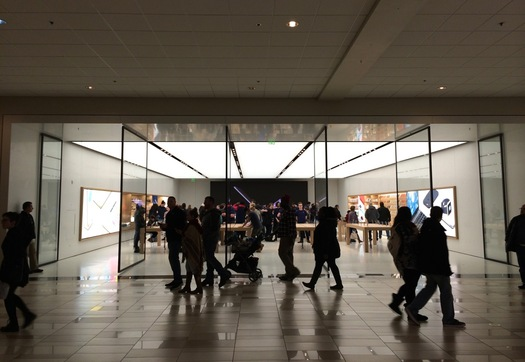 03030756e832f new Apple store Crossgates