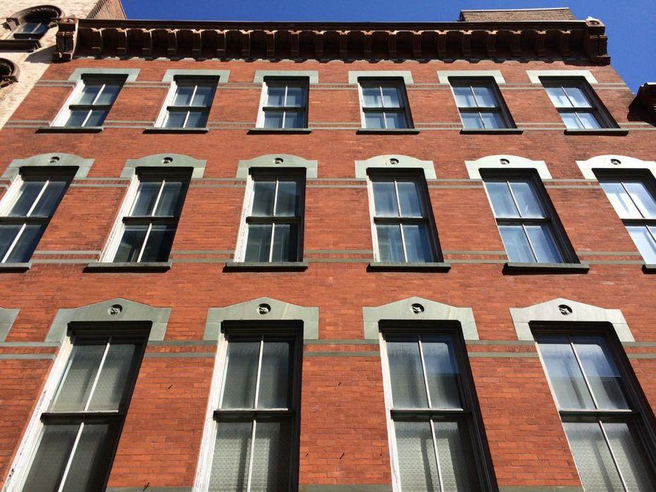 Maiden Lane building windows next building