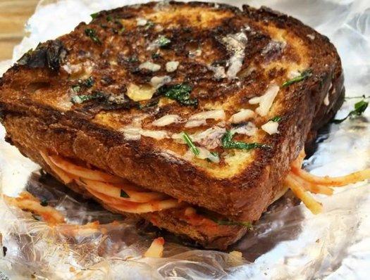 alleycarte spaghetti sandwich