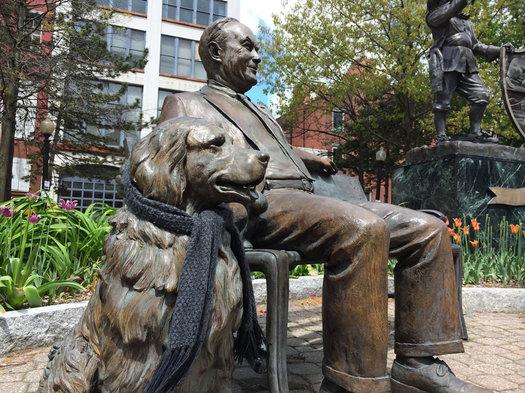 Tricentennial Park Whalen dog statue scarf