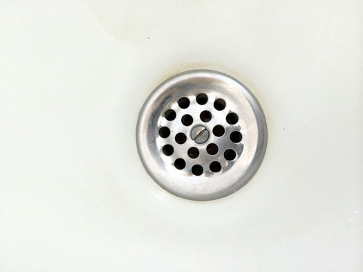 bathroom tub drain