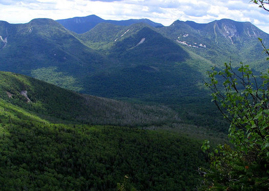 Adirondack Great Range from Big Slide by Wikipedia user Mwanner CC