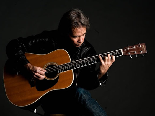 guitarist Tim Reynolds