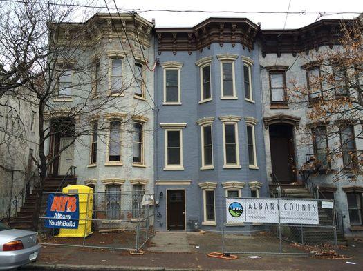 Habitat 309 Clinton Ave rehab exterior 2016-December