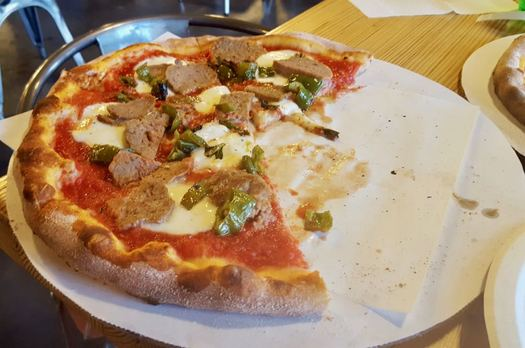 Pizza from Anna's Wood Fired at Galleria7 meatball pizza