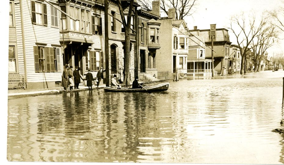 1913 flood 2nd ave burgh007.jpg