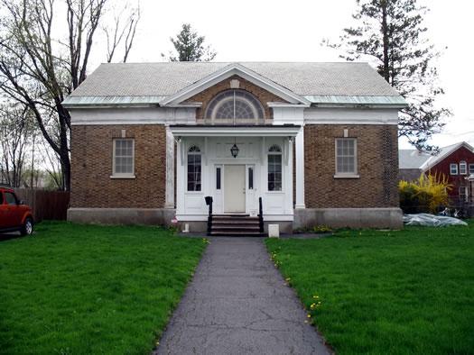431 Delaware exterior