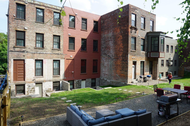 800-806_Broadway_Albany_apartments__4.jpg