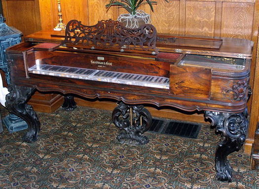 Boardman_Gray_and_Co_piano_at_Glen_Eyrie_castle.jpg