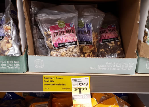 ALDI_Colonie_trail_mix.jpg