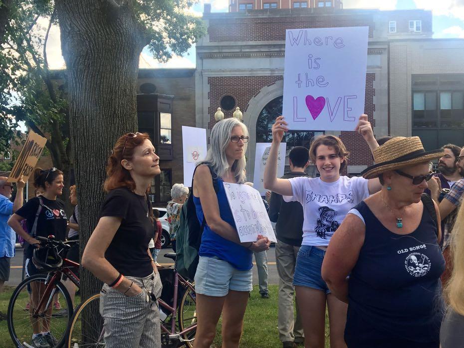 Albany_Charlottesville_rally_2017-08-13_4.jpg