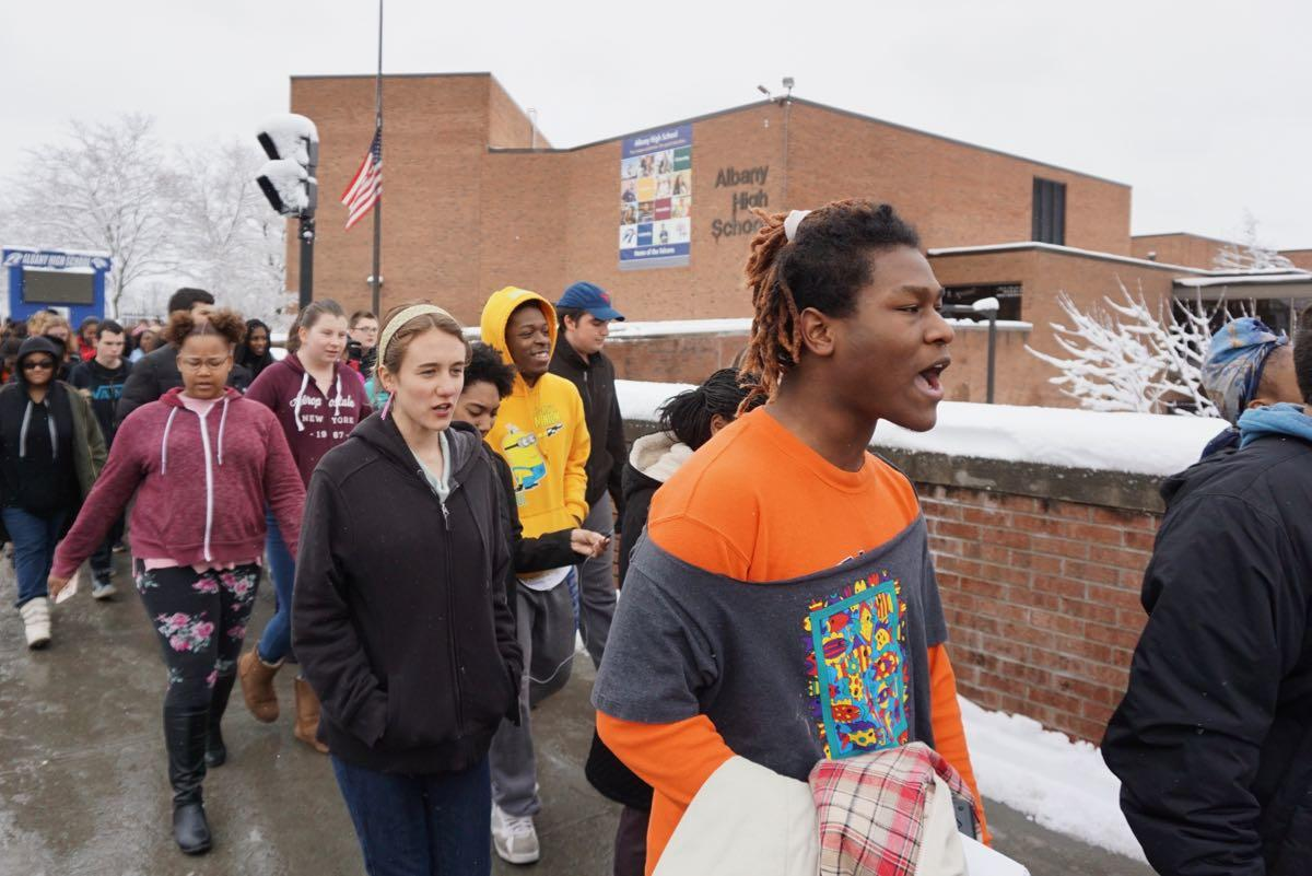 Albany_High_School_walkout_2018-03-14_13.jpg