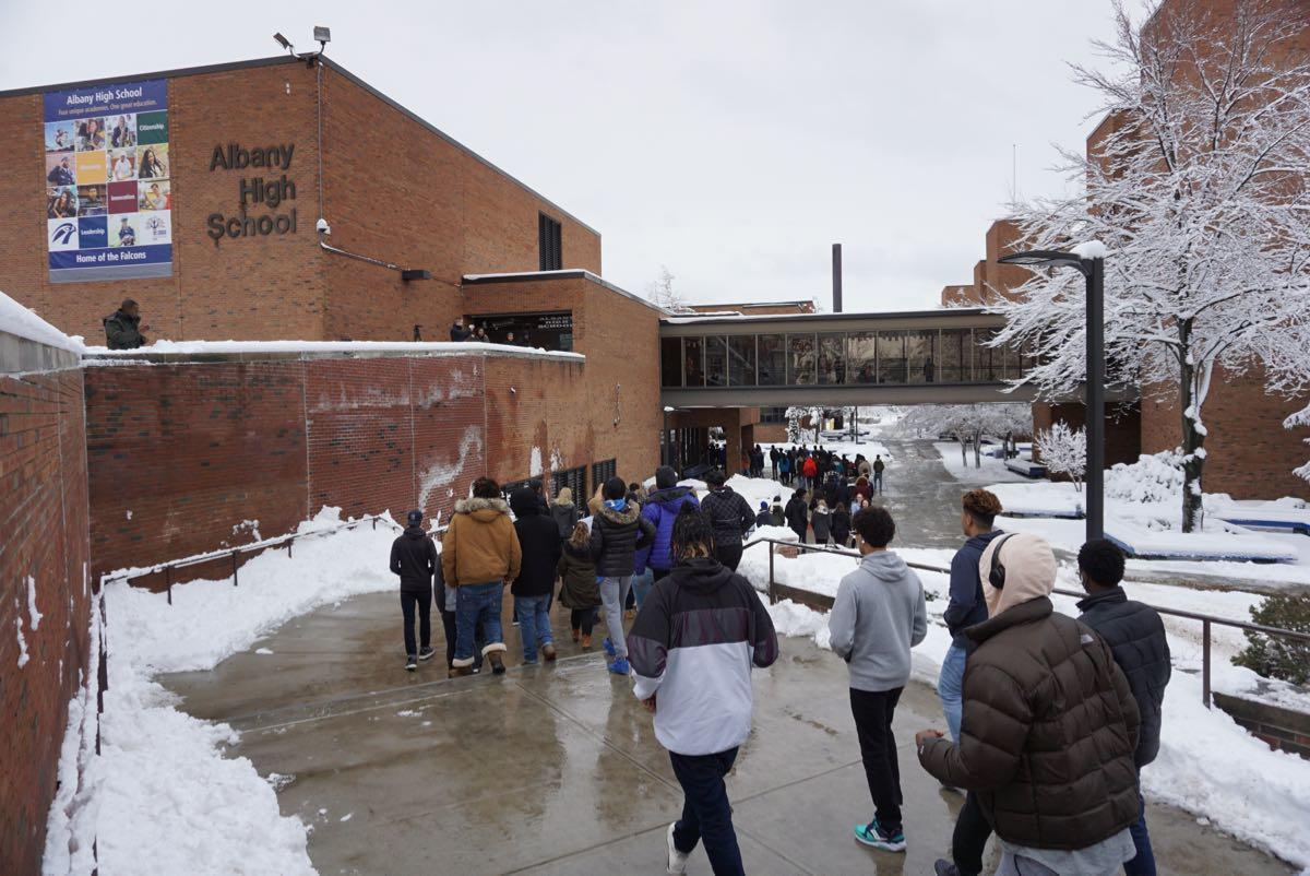 Albany_High_School_walkout_2018-03-14_8.jpg
