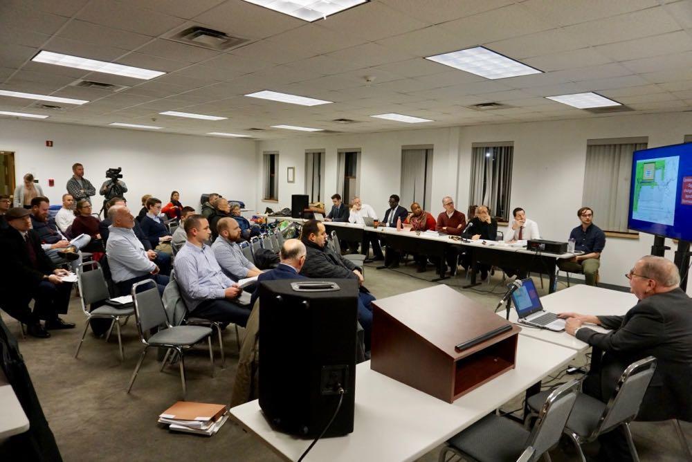 Albany_planning_board_2018-11-15_crowd.jpg