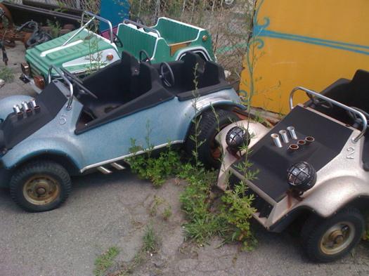 At the Warehouse amusement pk cars.jpg