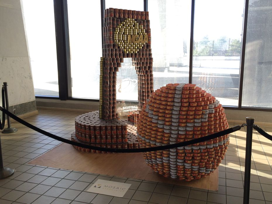 Canstruction2017_15.jpg