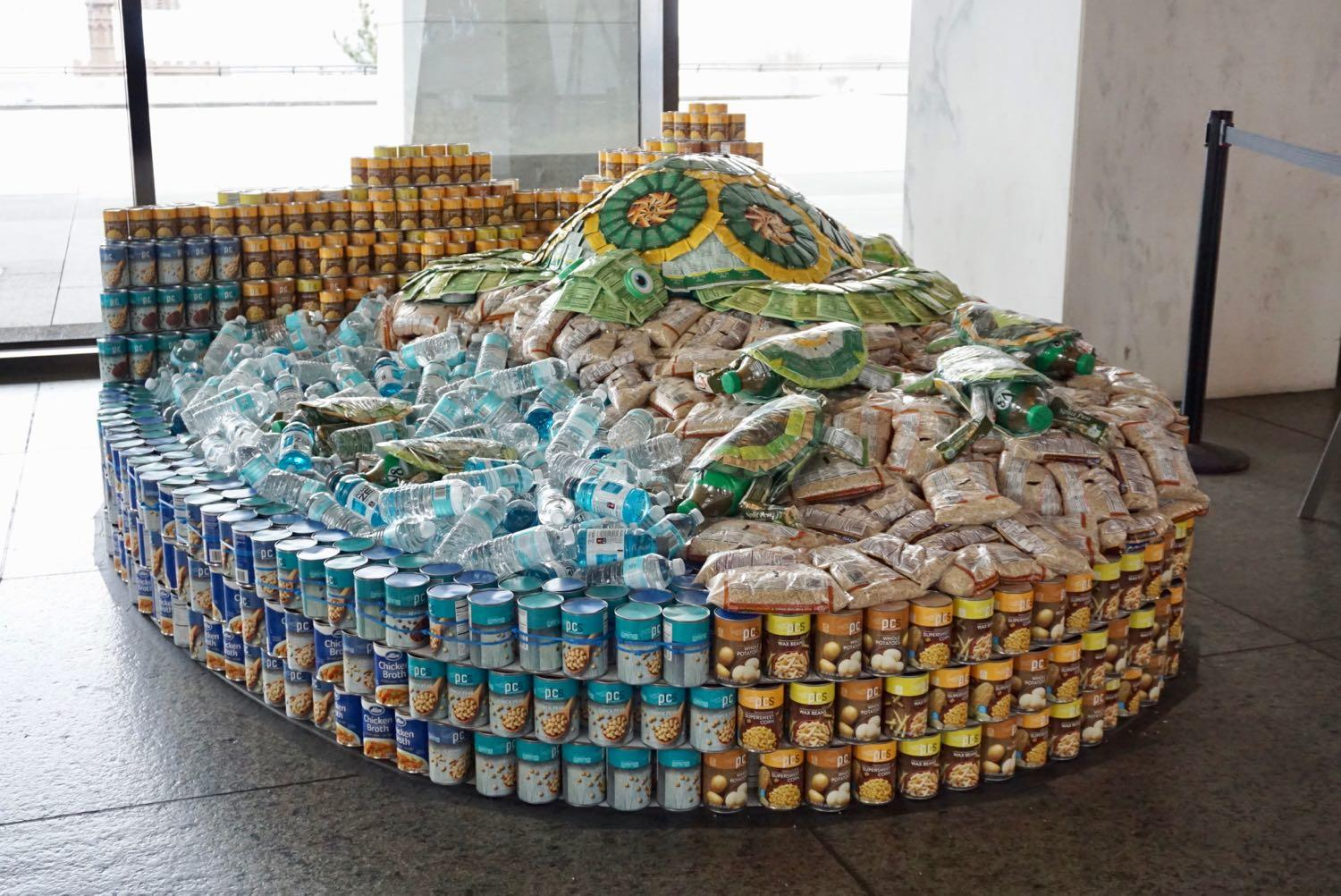 Canstruction2018_sea_turtle.jpg