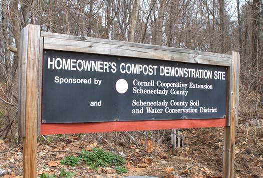Horticulture Center Compost Sign
