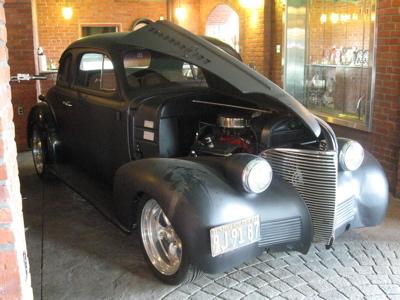 Classic car 3.JPG