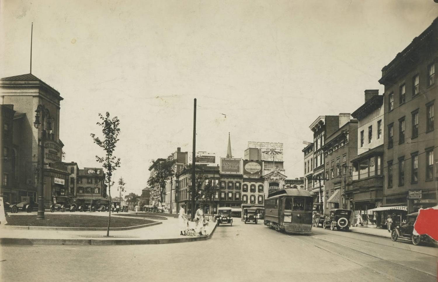 Clinton Square Albany 1920s Albany Public Library History Collection