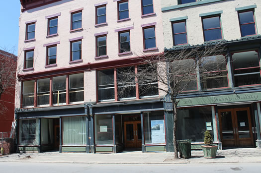 Dauchy Building space for bagel shop