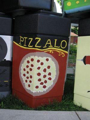 DelawareAvePizzaTrashCan.jpg