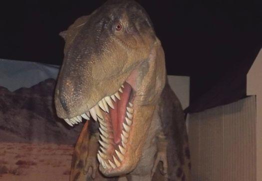 Dinosaur at MiSci.jpg