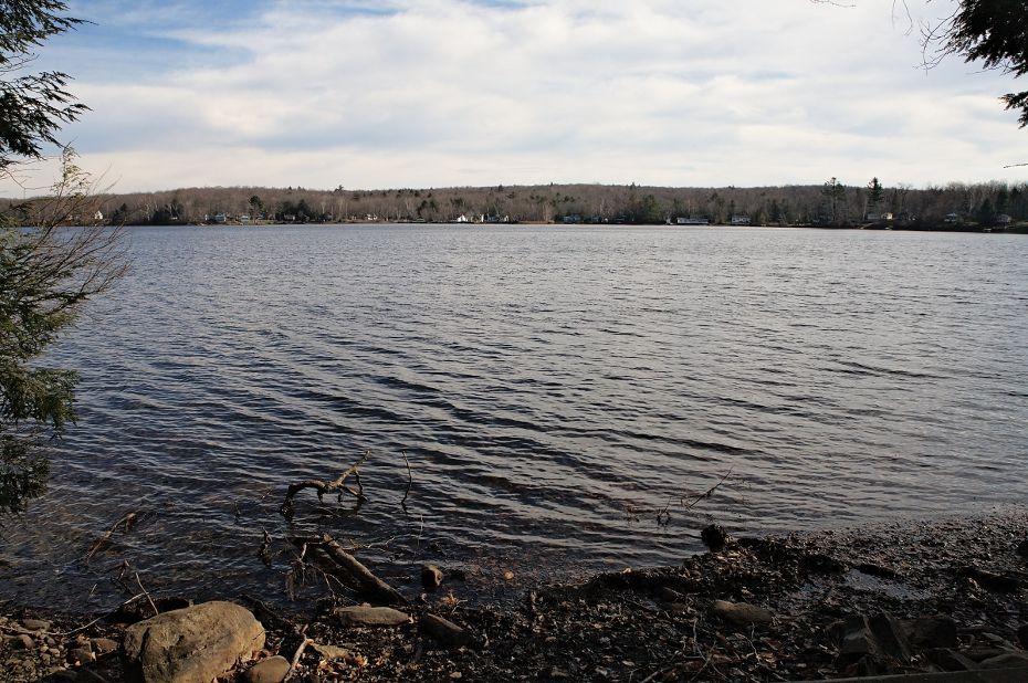 DykenPond_BVC_05_lake.jpg