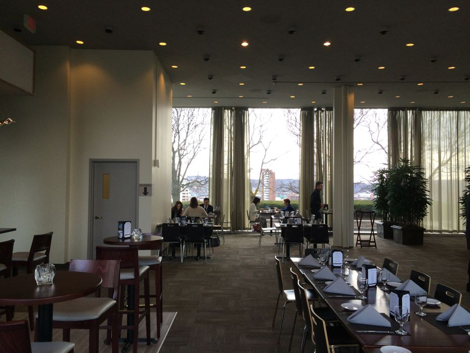 Empire_State_Plaza_Cornerstone_restaurant_2.jpg