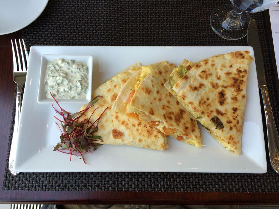 Empire_State_Plaza_Cornerstone_restaurant_4.jpg