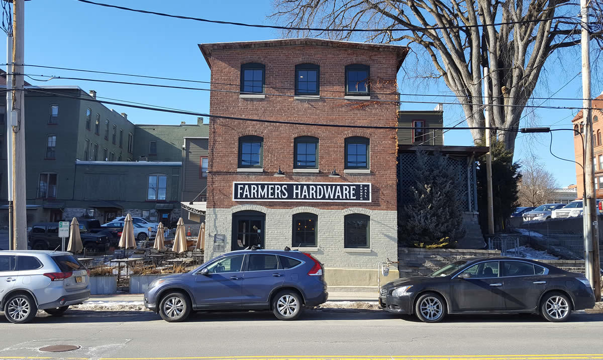 Farmers Hardware exterior 2018-January