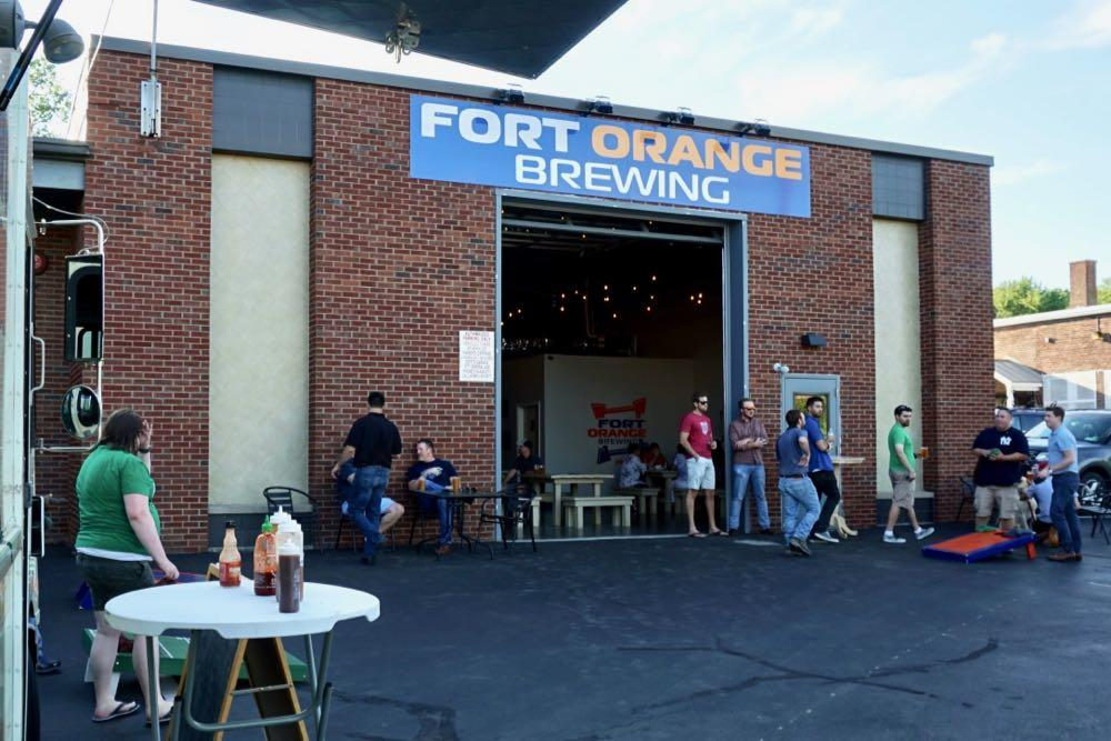 Fort Orange Brewing 2018-July exterior cornhole league