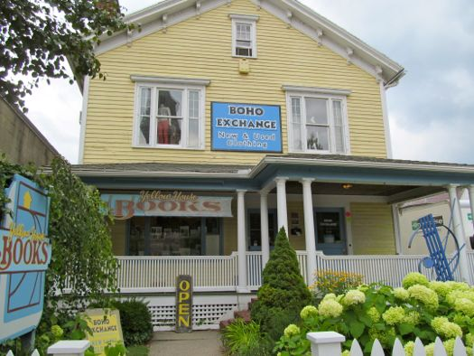 Great Barrington- Yellow House Books ext.jpg