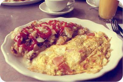 Halfmoon diner breakfast.jpg