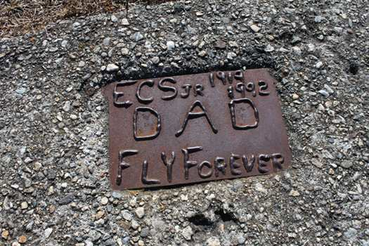 Hang Glider Cliff Plaque