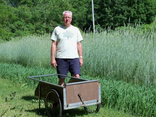 Howard Stonernrye & cart.jpg