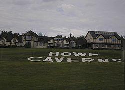 Howe_Caverns.jpg